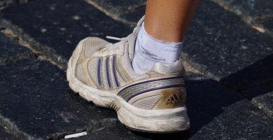 pies deportista