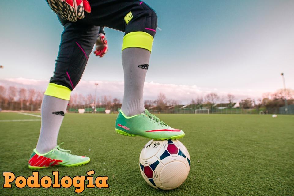pies futbolista